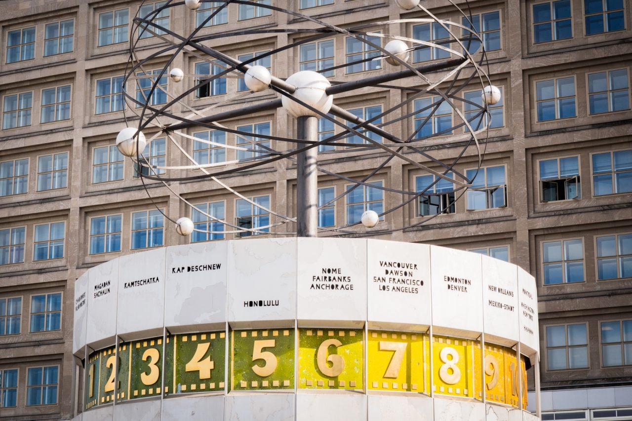 alexanderplatz berlin- horloge universelle berlin- tour de television berlin Allemagne