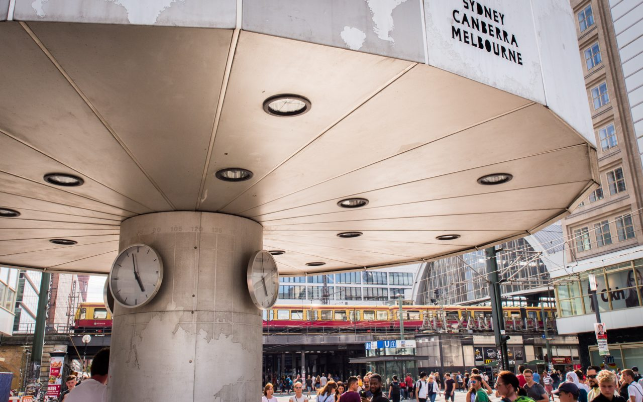 alexanderplatz berlin- horloge universelle berlin- tour television berlin - photos Allemagne