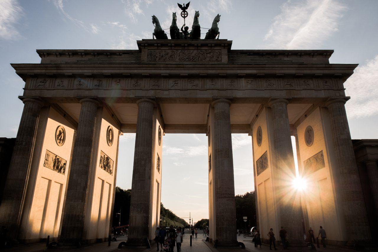 reichstag berlin- porte de brandebourg-berlin photos