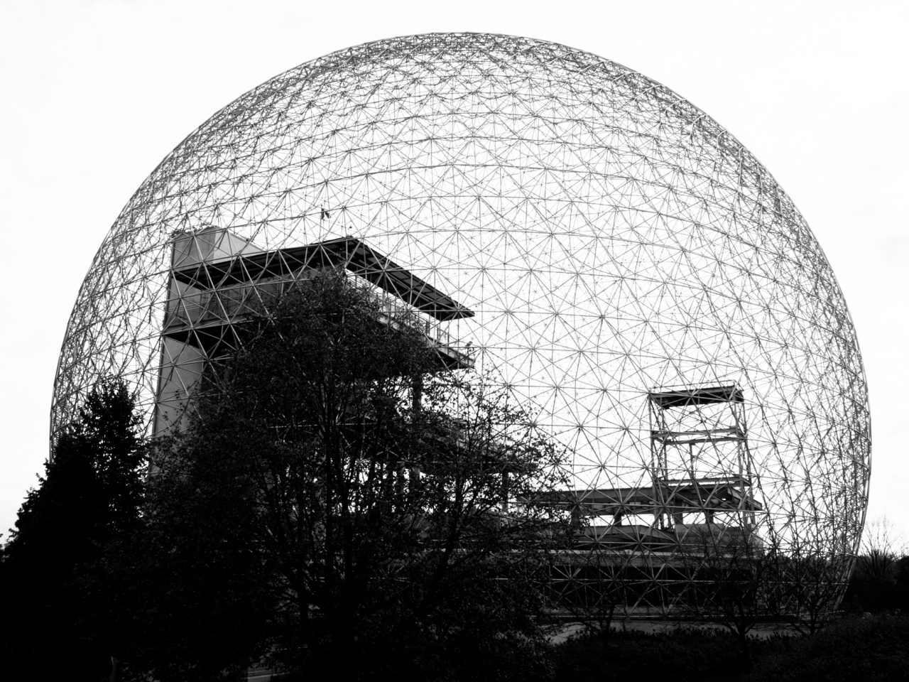 biosphère de montréal en noir et blanc-l'automne à montréal-photos du canada-