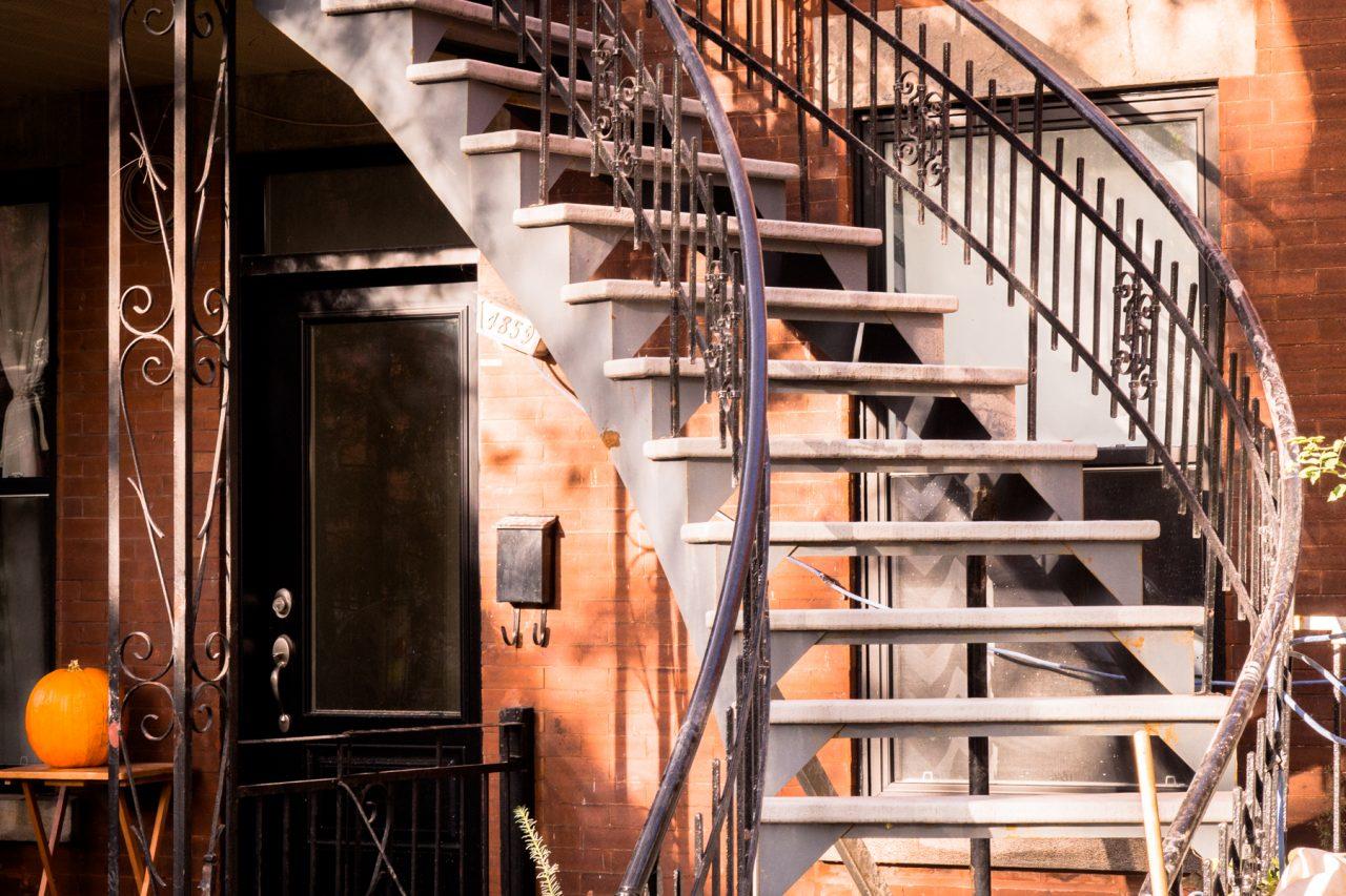 architecture moderne montréal-escalier montréal-canada photos