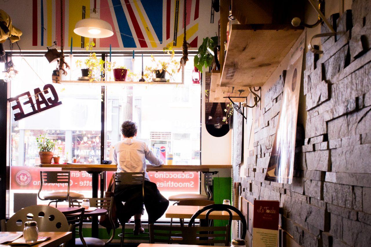 café vieux montréal-les rues de montréal-