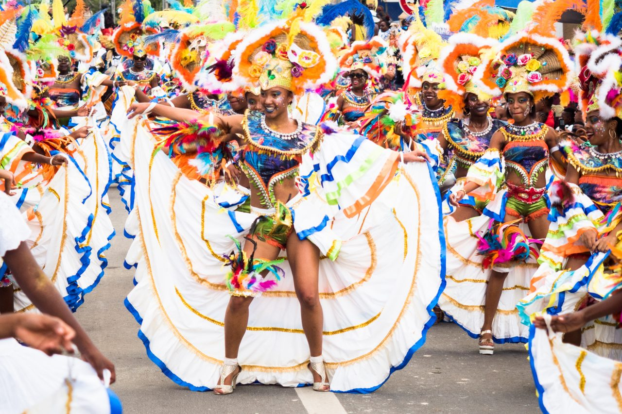carnaval a la guadeloupe-musique carnaval guadeloupe-costume carnaval guadeloupe-defile carnaval guadeloupe