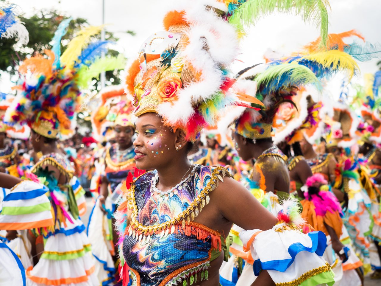 carnaval guadeloupe-musique carnaval guadeloupe-costume carnaval guadeloupe-defile carnaval guadeloupe