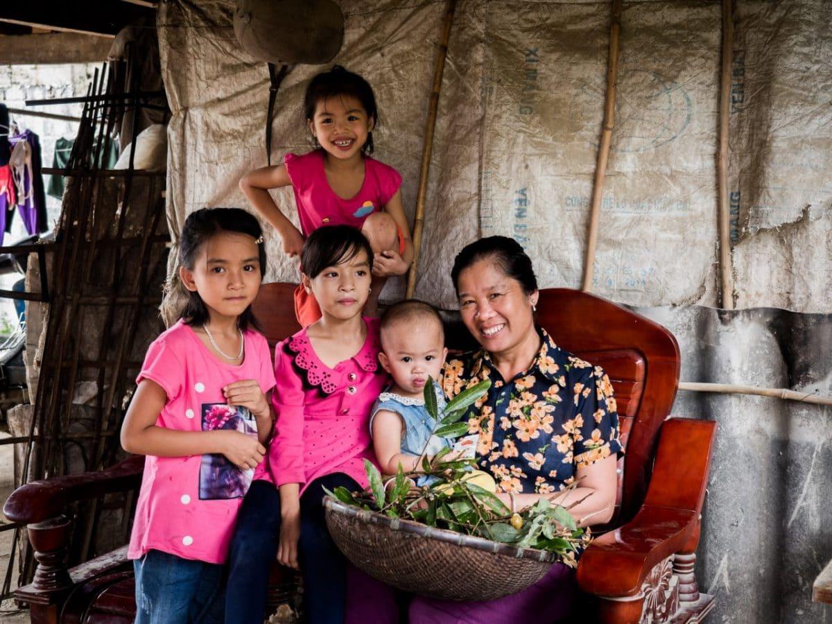 portrait famille vietnamienne-ethnies minoritaires du vietnam-photo vietnam