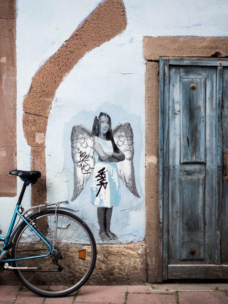 alsace a velo- velo alsace- faire du velo à strasbourg -architecture, colombages, street art