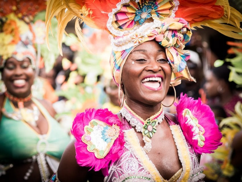 guadeloupe carnaval - defile carnaval guadeloupe - groupe carnaval guadeloupe - maquillage carnaval guadeloupe