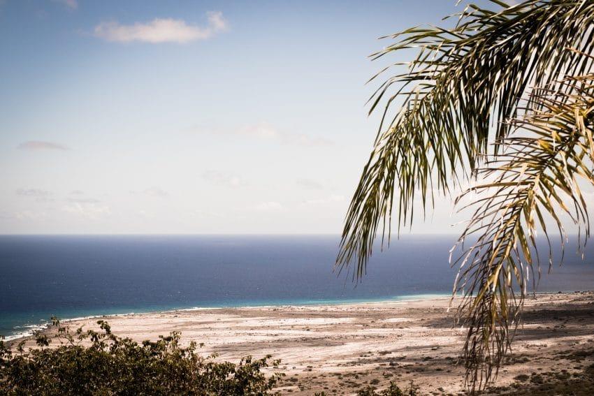 plage caraibes- photo antilles - île de montserrat en Guadeloupe