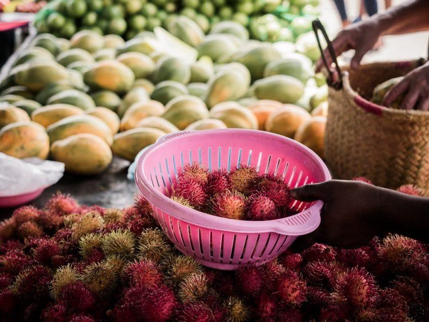 Guyane Amazonie - photo d'un marché à St Laurent du Maroni