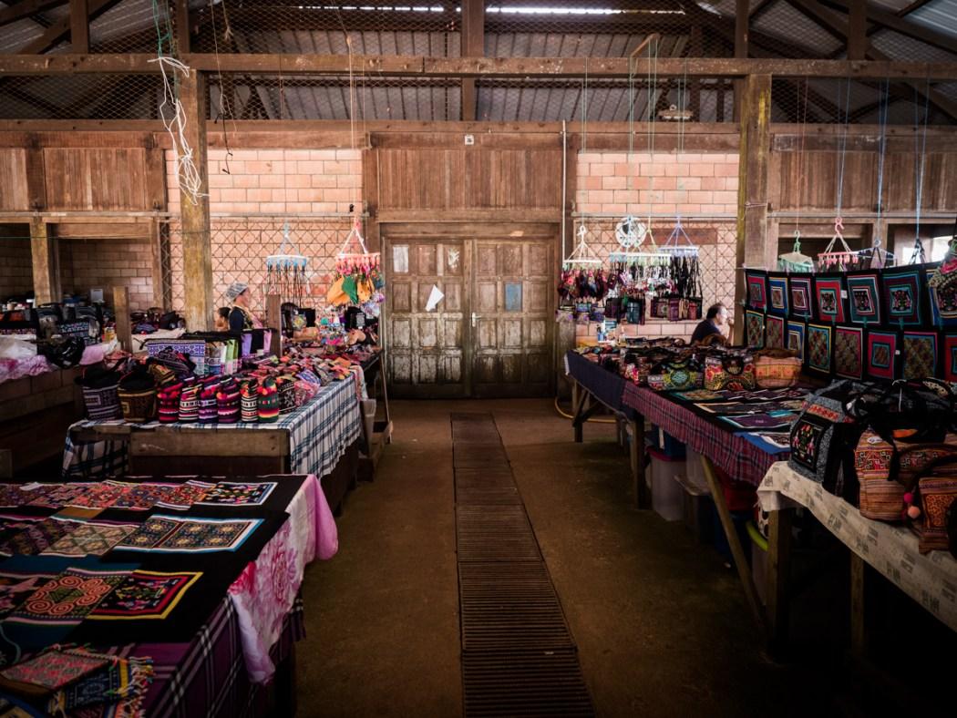découvrir la Guyane - communauté asiatique en Guyane - village Hmong en Guyane - dimanche à cacao